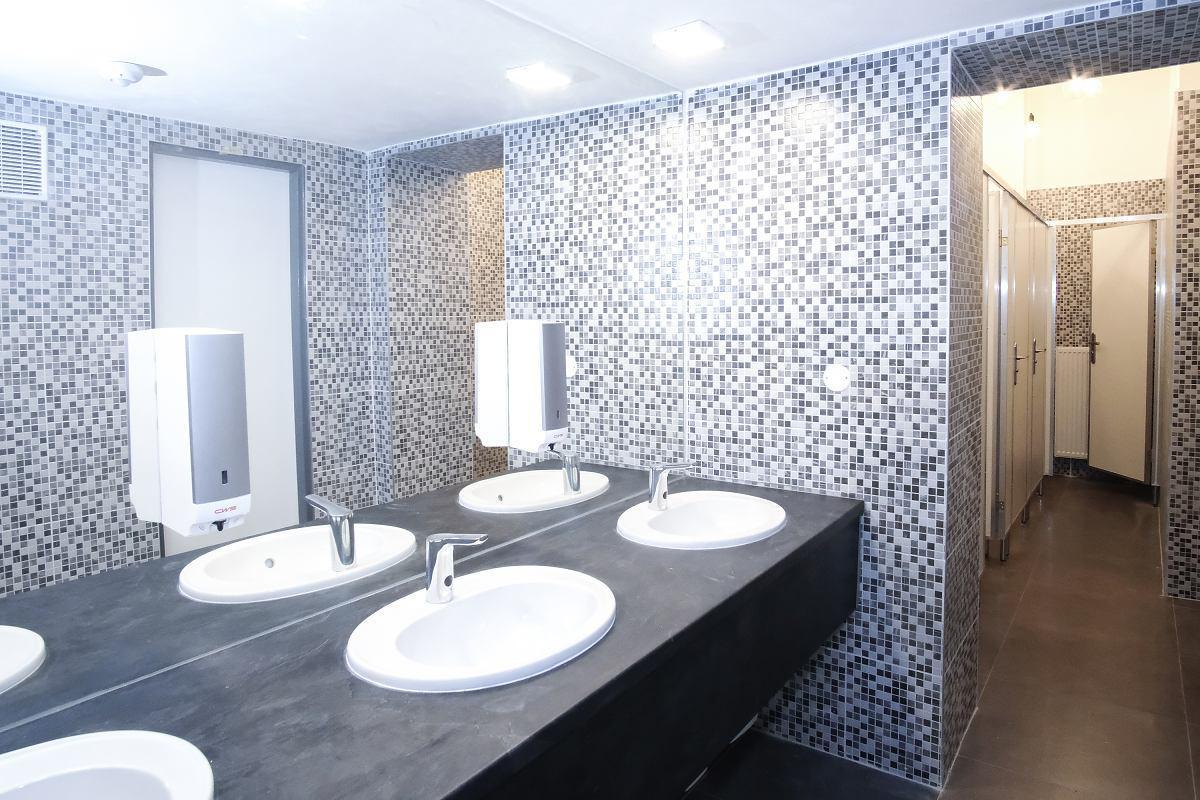 obr: V breznianskom Mestskom dome kultúry už sprístupnili nové toalety