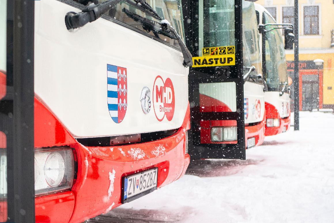 obr: Od pondelka premáva doplnený ranný školský spoj Brezno – Bujakovo a späť