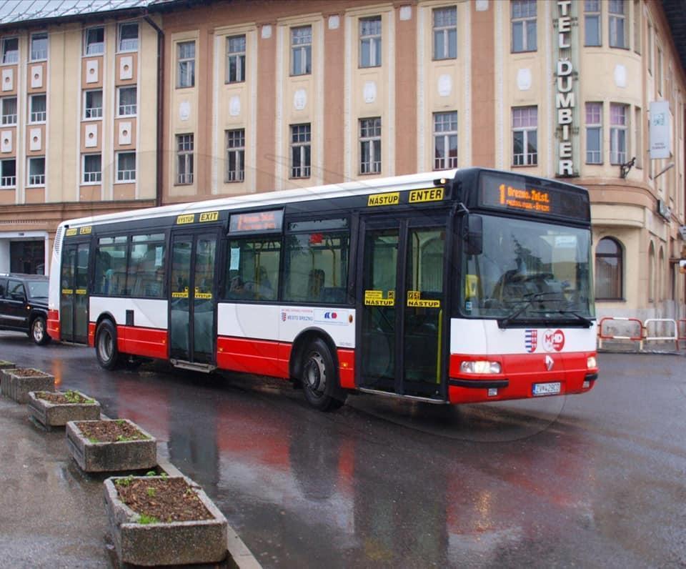 obr: V mestskej hromadnej doprave už jazdia nízkopodlažné autobusy so zvýšeným komfortom cestovania