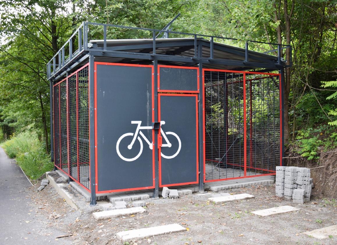 Cyklistickej infraštruktúre v Brezne svieti zelená