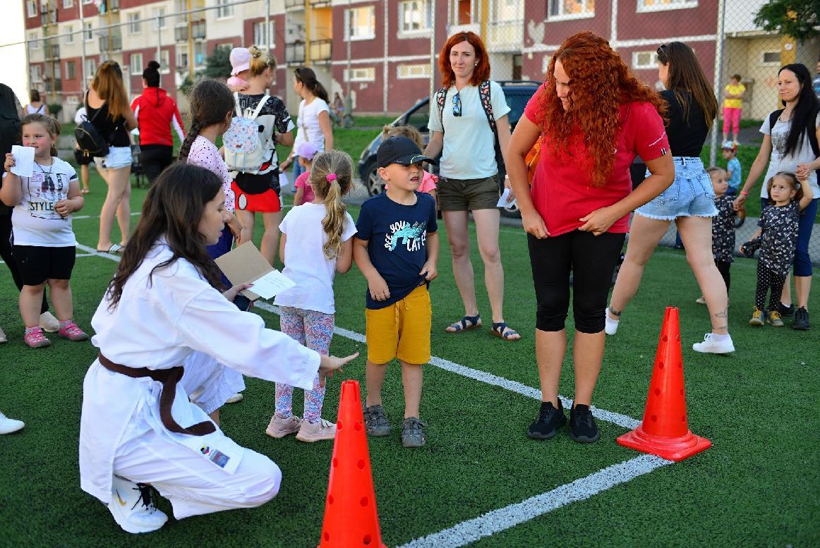 obr: Na druhé kolo športiády na Mazorníkove zavítalo až 80 detí