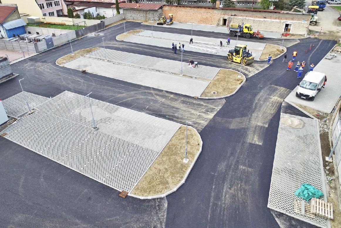 obr: Dokončenie nového parkoviska na Ulici ČSA je plánované na 15. júna