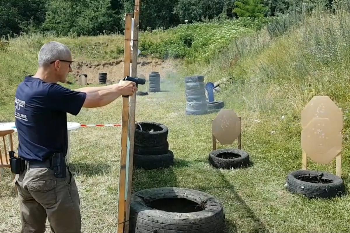 Miroslav Ťažký: Niekto fajčí, iný pije, ja strieľam