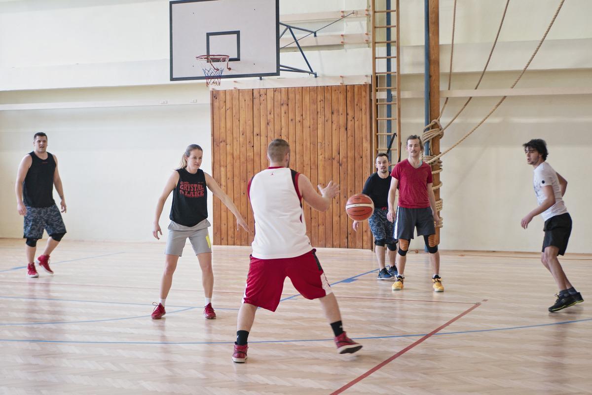 obr: Sobota patrila aj basketbalovému turnaju O pohár primátora