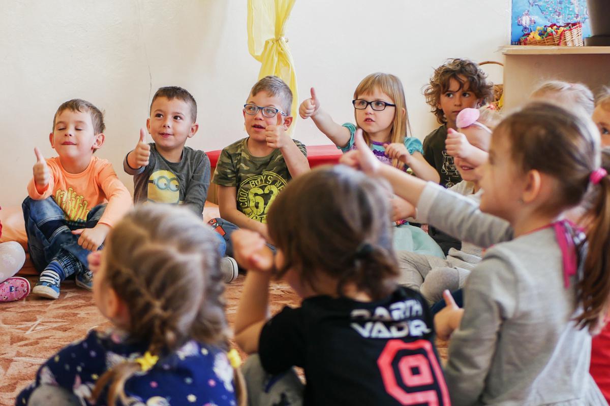 obr: V materských školách mesto zaviedlo výučbu anglického jazyka