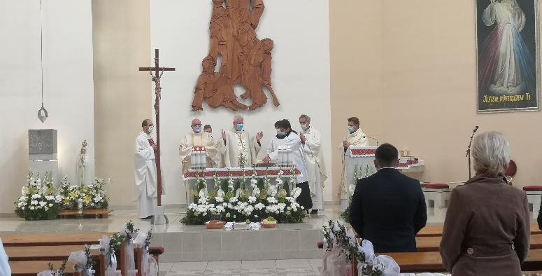 V Brezne, časť Mazorníkovo slávili 25. výročie posvätenia Chrámu sv. Jána Bosca