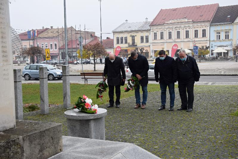 Brezno si 11. novembra vtichosti pripomenulo Deň vojnových veteránov