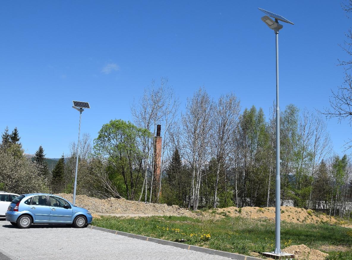 Pomocou solárnej energie osvetlia aj okrajové časti Brezna