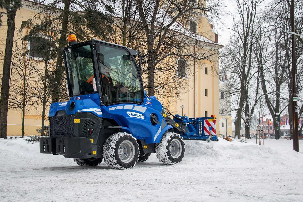 obr: Zimnú údržbu komplikuje nová legislatíva, nestále počasie aj zaparkované autá